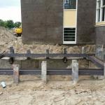 Inbouwen stempelraam t.p.v. inkeping bij bestaande gebouw