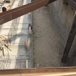 Storten poeren binnen de bouwkuip