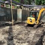 De bouwkuip wordt ontgraven door partner