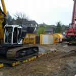 Aankomst nieuwe machine en materieel. Inrichten projectlocatie en opbouwen materieel.