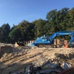 Lassen nieuwe staalprofielen op bestaande berlinerwand ter renovatie